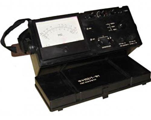 Ф4102-2-1М — мегаомметр