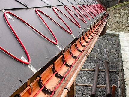 Защита крыши от сосулек и наледи
